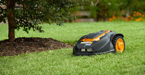 How Does a Robot Lawn Mower Work